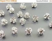 15% OFF 2 tiny cz Cubic Zirconia cluster flower charms, pendants, bridal jewelry, wedding jewelry, silver jewelry 1269-BR (bright silver, 2
