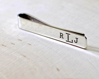 Sterling silver tie bar with personalized monogram - Solid 925 TB923