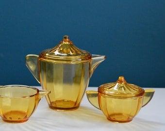 Vintage Akro Agate Amber Glass Child's Tea Set