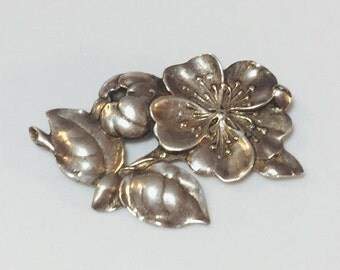 CIJ Christmas July SALE Beautiful Sterling silver Flower Designer Sined Vintage Brooch