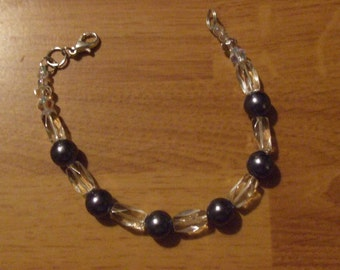 Clear and Charcole Gray Beaded Bracelet