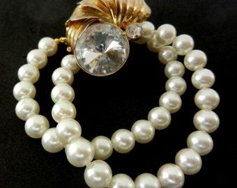 Luscious 2-Strand  simulated pearls  blazing clasp bracelet - showy 70s vintage italian couture bracelet -- Art.767/2 -