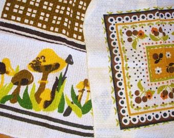 2 Retro Dishcloths • brown & green • mushroom and berries