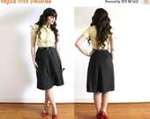 ON SALE 1950s Skirt / 50s Skirt / 50s Hunter Green High Waist Belted Skirt
