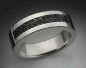 14k White gold mans ring with Chondrite meteorite inlay