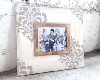 Damask Perfect Greige Frame