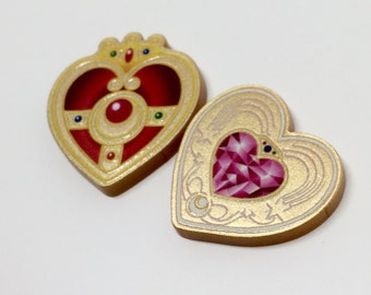 Sailor Moon Pinback Lapel Pin S Crystal Cosmic Heart Brooch Metallic Gold