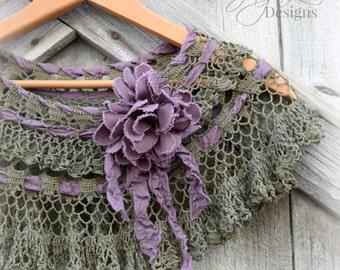 Shabby Lace Shrug Shawl Capelet / Forest Green Purple / Bohemian Gypsy Fairy