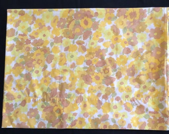 Vintage Pillowcase - Yellow and Brown Flowers - Wamsutta