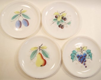 4 Vintage Milk Glass Plates Westmoreland Fruit Beaded Hobnail Edge