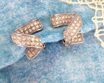 Modernist Design Vintage Earrings, Bling Clear Rhinestones, Swirl Spiral, Clip
