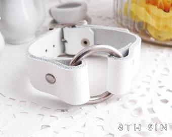 White Leather O Ring Wristband, White O Wristband, Leather Circle Wristband, White O Ring Wristband, O Ring Bracelet, O Wrist Cuff
