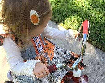 Felt hair clip -No slip -Wool felt -Autumn pumpkin -cream HALLOWEEN