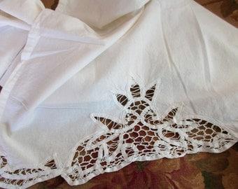 vintage Battenburg Lace CURTAIN- white, cotton, WBBC19