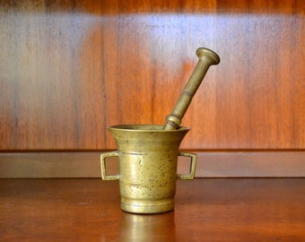 vintage cast bronze apothocary pestle and mortar