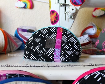 Rainbow Patchwork Dumpling pouch with rainbow polka dot lining | Zipper pouch | Travel pouch | Small zipper pouch