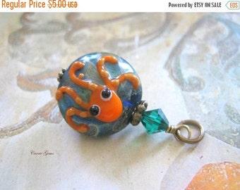 20% OFF ON SALE Lampwork Glass, Orange Cuttlefish Flat Round 20mm Pendant, 1 pc