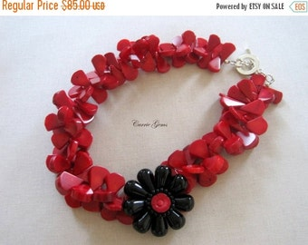 20% OFF ON SALE Coral with Onyx Flower Necklace, Gemstone Jewelry