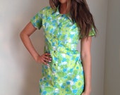 Vintage 1960s house dress floral dress lime green blue floral print button front mad men midcentury housewife pinup rockabilly plus size