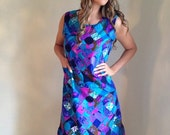SPRING SALE vintage plus size 60s dress / mod hippie/ purple blue / graphic print / shift dress/ psychedelic / size xl /plus figure