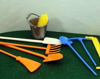 Miniature Toy Garden Tools Bucket Broom Action Figure Doll Accessory Fairy Garden