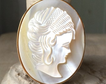 Mother of Pearl Cameo Brooch Vintage Pin