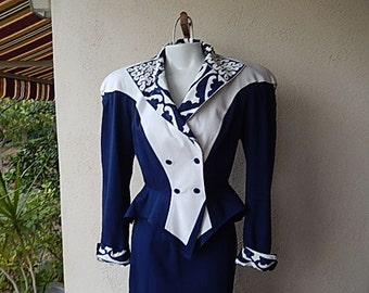 Vintage 80s 90s IIF small size 6 lined 2 piece skirt suit navy blue /white long skirt business career wear skirt and double breasted jacket