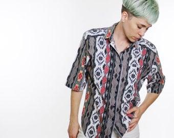 Vintage 80's button down shirt, southwest / western pattern, cowboy shirt, short sleeved, lightweight material, shoulder pads - Medium