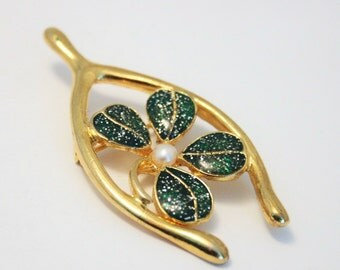 Vintage four leaf clover brooch.  Lucky wishbone brooch