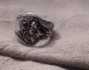 Vintage POPPIES Spoon ring