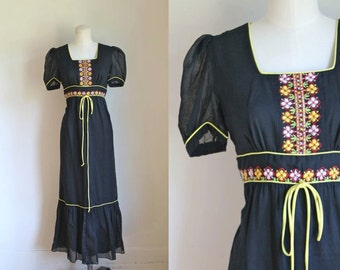 vintage 1960s maxi dress - JOSEPH MAGNIN embroidery boho dress  / S/M