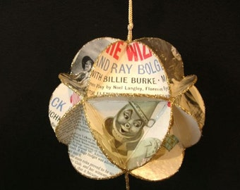 Wizard Of Oz Record Jacket Ornament Made From Album Covers - Movie Soundtrack