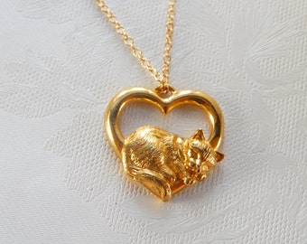 Vintage Cat Necklace, Sleeping Cat, Heart Necklace, Cat Lovers, Gift for Her