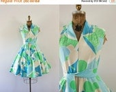 SALE 1960s Spring Greens swirled floral day dress / 60s abstract beauty
