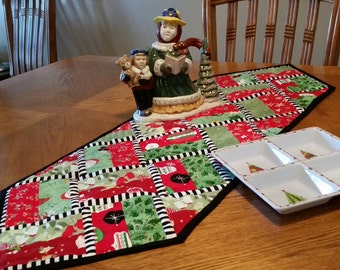 Holiday Home Table Runner Quilt Pattern
