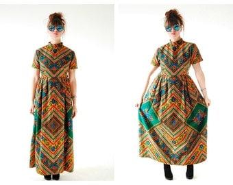 70s Batik Maxi Boho Dress- M, Tribal Ethnic Flashy Statement Hippie Batik Vintage 70s Festival, 30 Waist, Green, Mustard, Earth Tone Dress