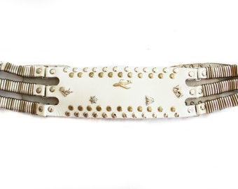 Fawn, Vintage, White Leather Belt with Silver Studs and Deer, Elephant, Airplane Charms from Paris