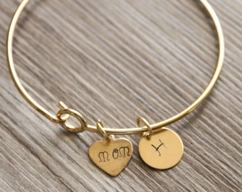 Mom Bangle, Personalized Initial, Gold Tone Bangle, Mom Gold Bangle, Hand Stamped Brass, Mom Heart Bangle, Mom Kids Initial, Gift for Mom