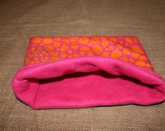 Medium Giraffe print pouch for small pocket pets.