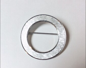 LaMode Sterling Silver Hallmarked Circle Vintage 1960s 60s Brooch Pin