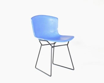 Vintage Knoll Bertoia Fiberglass Wire Side Chair