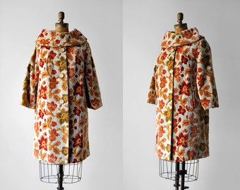 60's tapestry coat. boho. 1960's colorful coat. blue, gold, red, green. chenille. 60 70 floral coat. l. xl.