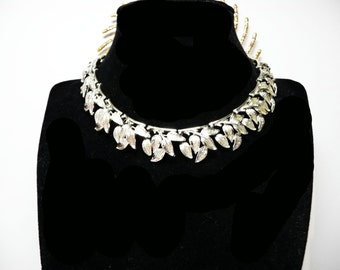 Vintage Coro Necklace - 1950's Silvertone Leaves Choker - Designer Signed Coro