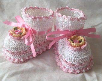 Crochet Baby Booties Springtime White, Pink and Soft Yellow 0-3 months  3 1/4 inch Sole
