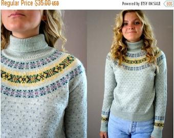 ON SALE Vintage 80s Nordic Pattern Sweater