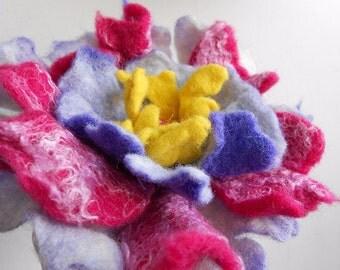 Wool Felted Flower Brooch Boho Chic, Big Pink Purple and Yellow Pin, Felt Flower Poppy Brooch Pin,Felted Wool Flowers, Wool Corsage Brooch