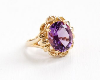 Estate 14k Yellow Gold Amethyst Ring - Size 7 Flower Floral Petals & Leaf Statement Fine Oval Purple Gemstone Jewelry