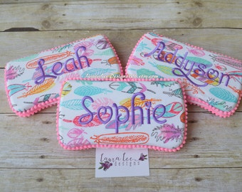 Bright and Colorful Feathers Travel Baby Wipe Case, Diaper Wipes Case, Personalized Case, Baby Shower Gift, Wipe Holder, Diaper Bag Clutch