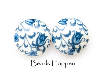VINTAGE 16mm Round Glass Cabochons with Delft Blue Floral Patterning, Half Drilled Hole in Center Back, Made in Japan, (D1-R6-C3) Quantity 2
