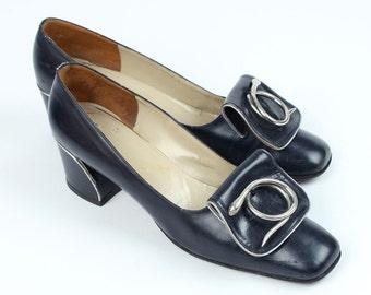 vintage Rosina Ferragamo mod shoes • silver snakes 1960s designer heels size 7